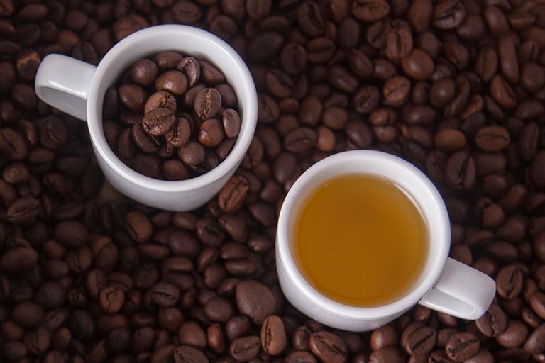 天然コーヒーオイルの抽出